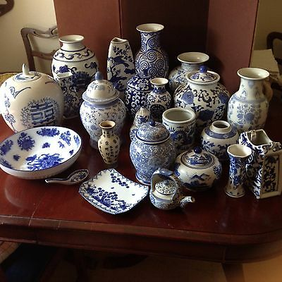 HUGE LOT OF BLUE AND WHITE CHINESE PORCELAIN