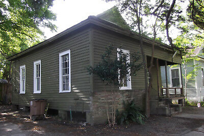 Antebellum Home on City Lot in Downtown Mobile AL 2-3 BR 1 BTH STURDY EMPTY