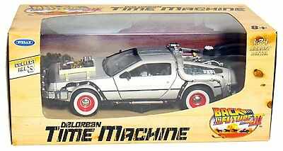 Welly Back to the Future Part 3 DMC DeLorean Time Machine 124 Die Cast Metal