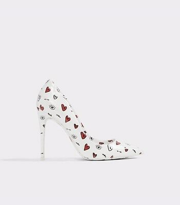 Limited edition Aldo Stessy stiletto heels 9 white patent leather with hearts
