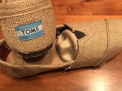 TOMS Natural Burlap Size 7 Brand New