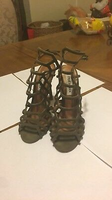 Steve madden Slither Heels Size 5-5 Preowned