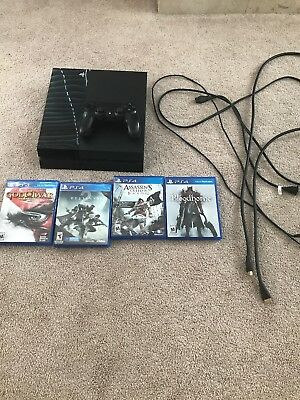 PS4 500 gb Playstation 4 CUH-1215AController Wires And 4 Games And Ps4 Cleaned