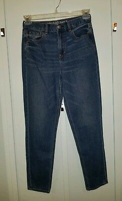 American Eagle Medium Wash Mom Jeans Womens Size 4 EUC