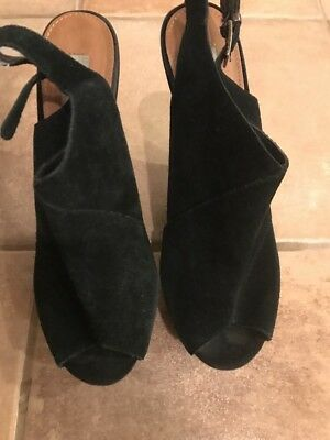 Steve Madden Suede Wedge Shoes 7-5