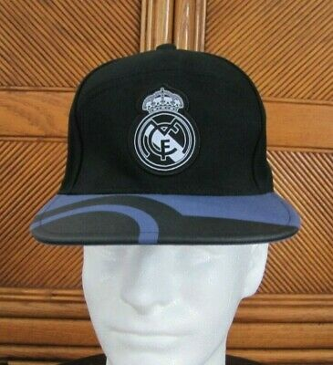ADIDAS REAL MADRID SOCCER FUTBOL HAT SNAPBACK SIZE ADULT ONE SIZE FITS MOST CAP