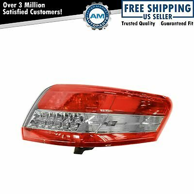 Taillight Taillamp Rear Brake Light Passenger Side Right RH NEW for 10-11 Camry
