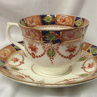 COLCLOUGH ENGLAND 3775 FOOTED CUP - SAUCER 7 OZ RUST BLUE - GREEN FLOWERS SWAGS