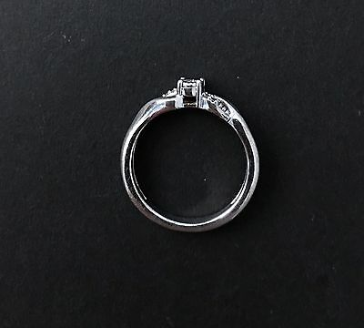 Cute Womens Sterling Silver 925 Diamond Chip Ring Size 7