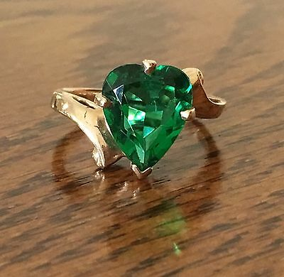 10K Yellow Gold Emerald Green Heart Solitaire Ring Size 3 12 Vintage Ring