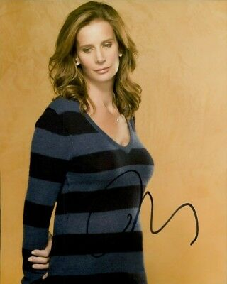 Rachel Griffiths autographed 8x10 photo COA