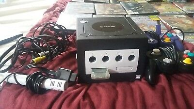 Black Nintendo Game Cube Used but in great shape 20 games Mario kart etc-