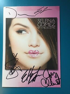 Selena Gomez and The Scene Handsigned Autograph 8in x 6in from Kiss - Tell Album