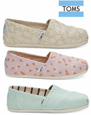 Authentic TOMS Womens Classics Canvas Slip On Shoes