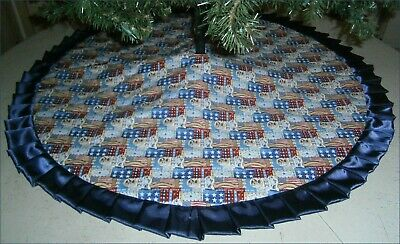 Fourth of July Tree Skirt - 47 -  Flags Stars - Statues of Liberty