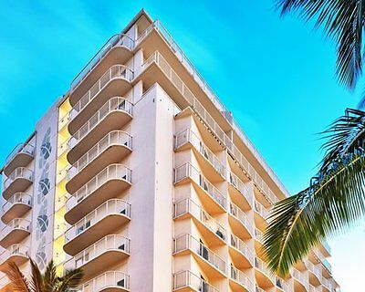 WYNDHAM WAIKIKI BEACH WALK 505000 POINTS ANNUAL TIMESHARE DEEDED
