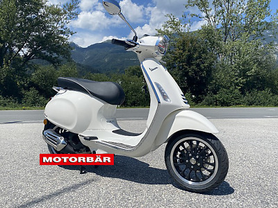 Vespa 125 Sprint ABS weiß LED Piaggio Scooter Roller AKTION/ Netto € 3332,-