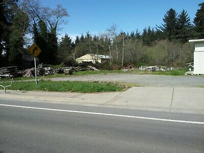 2 Lots - 1 Commercial - 1 Residential Crescent City CA 34 Miles to Beach Harbor