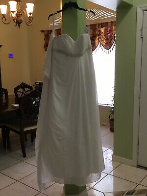 wedding dress Womens size 14 W  david bridal new with tag  Comes With Jewelry