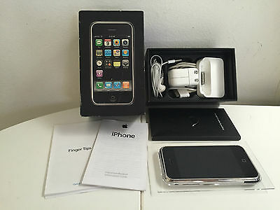 Rare Apple iPhone 2G 1st Generation 16GB  WITH MATCHING SERIAL CASE BOX Unlocked