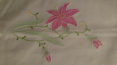 Embroidered Tea Towel Linens - Set of 2 - New