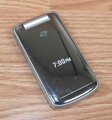 Sanyo Boost Mobile Fake Display  Dummy Cellular Flip Phone Only READ