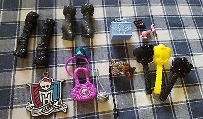 MONSTER HIGH DOLL  ACCESSORIES LOT - boots purses brushes and more