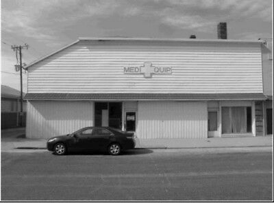 Commercial Building Fixer Upper for sale with NO RESERVE in ILLINOIS