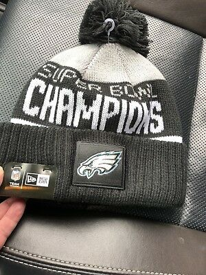 Philadelphia Eagles Super Bowl Champions Pom Parade Knit Hat NEW