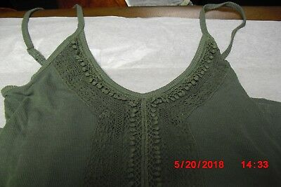 American Eagle Outfitters Cami Tank Top - Lace - Green - Size Small