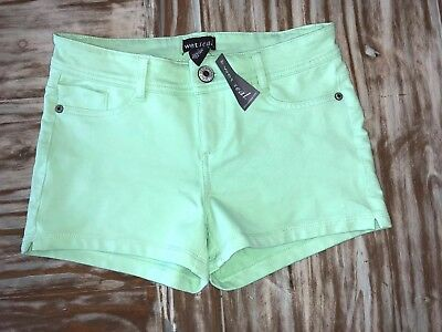 Wet Seal Shorts Green Stretch Size Small New With Tag