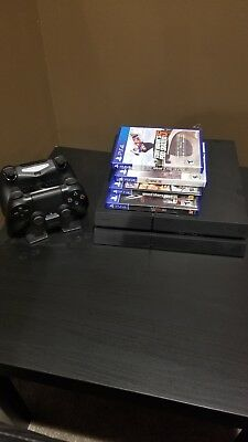 Sony Playstation 4 PS4 500GB Console Two Dualshock Controllers PLUS MORE GTA 5