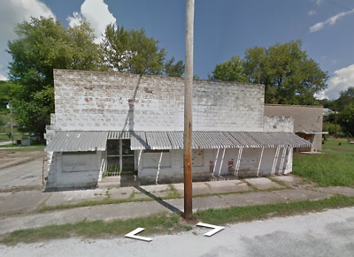 NO RESERVE Commercial Bldg- in IL UP FOR AUCTION
