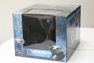 Pacific Rim Neca Flying Deluxe Kaiju Otachi huge 7 scale Free Ship