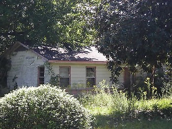 NO RESERVE SFH on almost 1 acre in Jefferson County AR UP FOR AUCTION