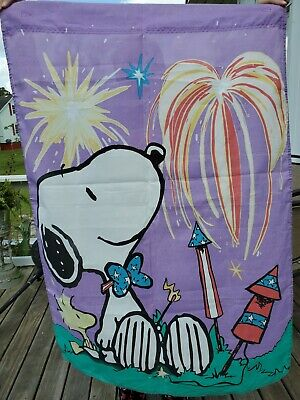 Snoopy Woodstock 4th of July Fireworks 28 x 43 Flag Banner Garden Peanuts
