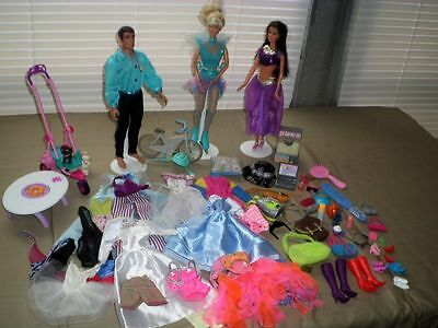GREAT HUGE LOT OF BARBIE CLOTHES WITH DOLLS AND ACCESSORIES-