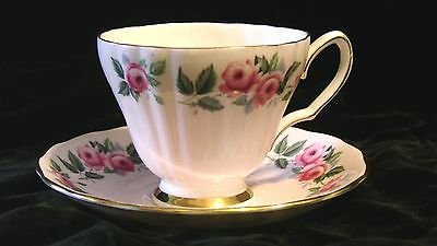 COLCLOUGH BONE CHINA CUP AND SAUCER MADE IN ENGLAND PATTERN 8181