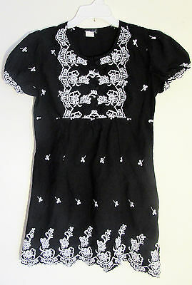 Juniors WET SEAL black cotton short sleeve tunic dress white embroidery size L