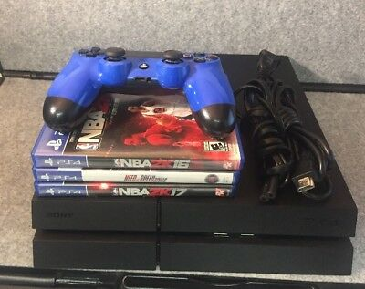 Sony Playstation 4 Console wController and 3 Games CUH-1215A Black - 500GB