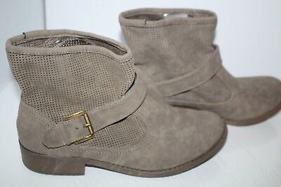 Dream Out Loud Selena Gomez Ankle Boots Taupe Women's 9