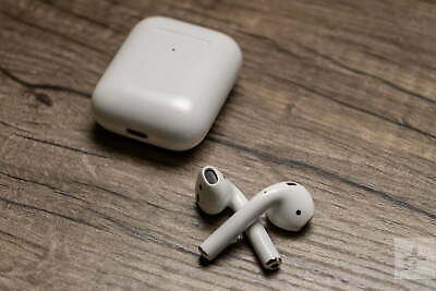 Authentic Apple AirPods with Charging Case White MMEF2AMA Airpod