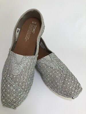 TOMS Womens Gray Crochet Lace Classic Flats Slip-On Shoes Size 10M