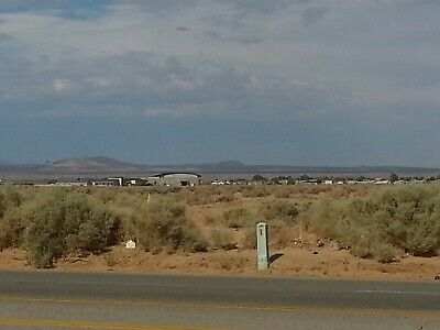 21-7 Acre  WONDERFUL BIG SIZE - VIEWS Residential Land in California City CA