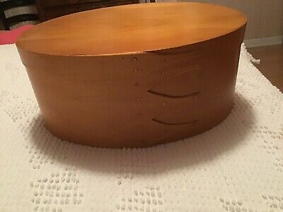 Large Primitive Oval Pantry Box With Cover Measure Made In Vermont