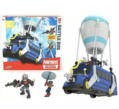 Fortnite Battle Royale Collection Battle Bus and 2 Exclusive Figures - Tatty Box