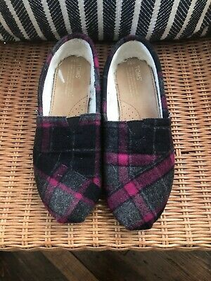 Toms Wool Slip On Flats Size 8-5 Womens Gray Lined Dark Grey Plaid Shoes comfort