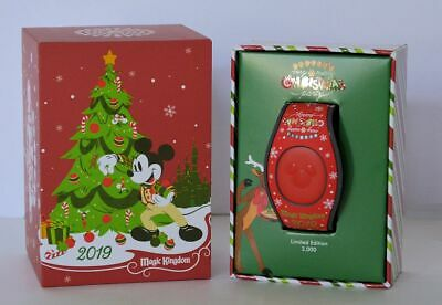 Disney Mickeys Very Merry Christmas Party 2019 Red Castle Magic Band In Hand