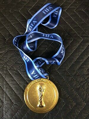 2018 Russia FIFA World Cup Gold Medal with Silk Ribbon USA FAST SHIPPING