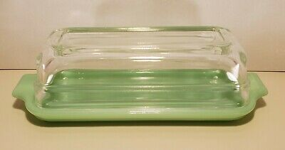 VINTAGE FIRE KING JADITE JADEITE 1/4 LB BUTTER DISH WITH CLEAR LID EARLY 1950'S